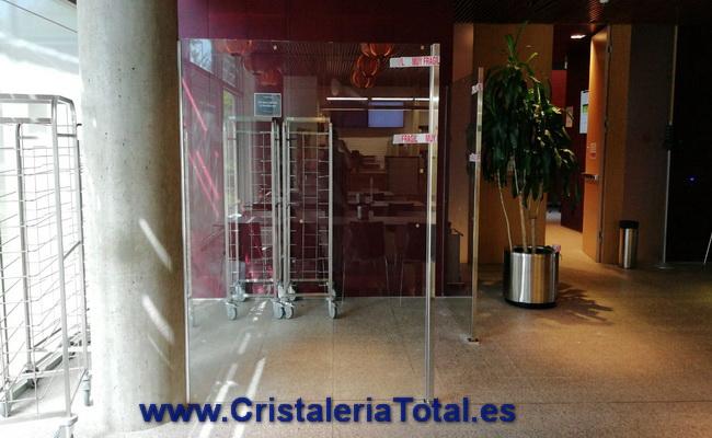 Mamparas de cristal para oficinas en madrid al mejor precio for Mamparas de oficina precios