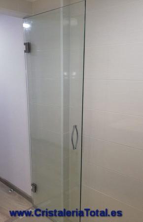 puertas de cristal baño abatibles